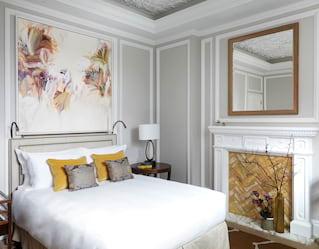 Beatriz Elorza's landscape art at Belmond Cadogan Hotel