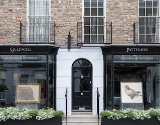 gladwell patterson art gallery knightsbridge