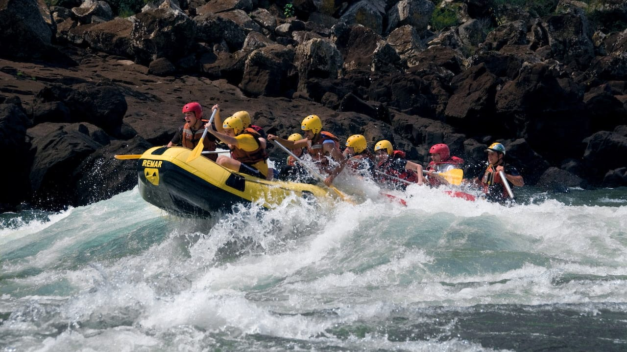 Rafting in Iguassu River, Brazil