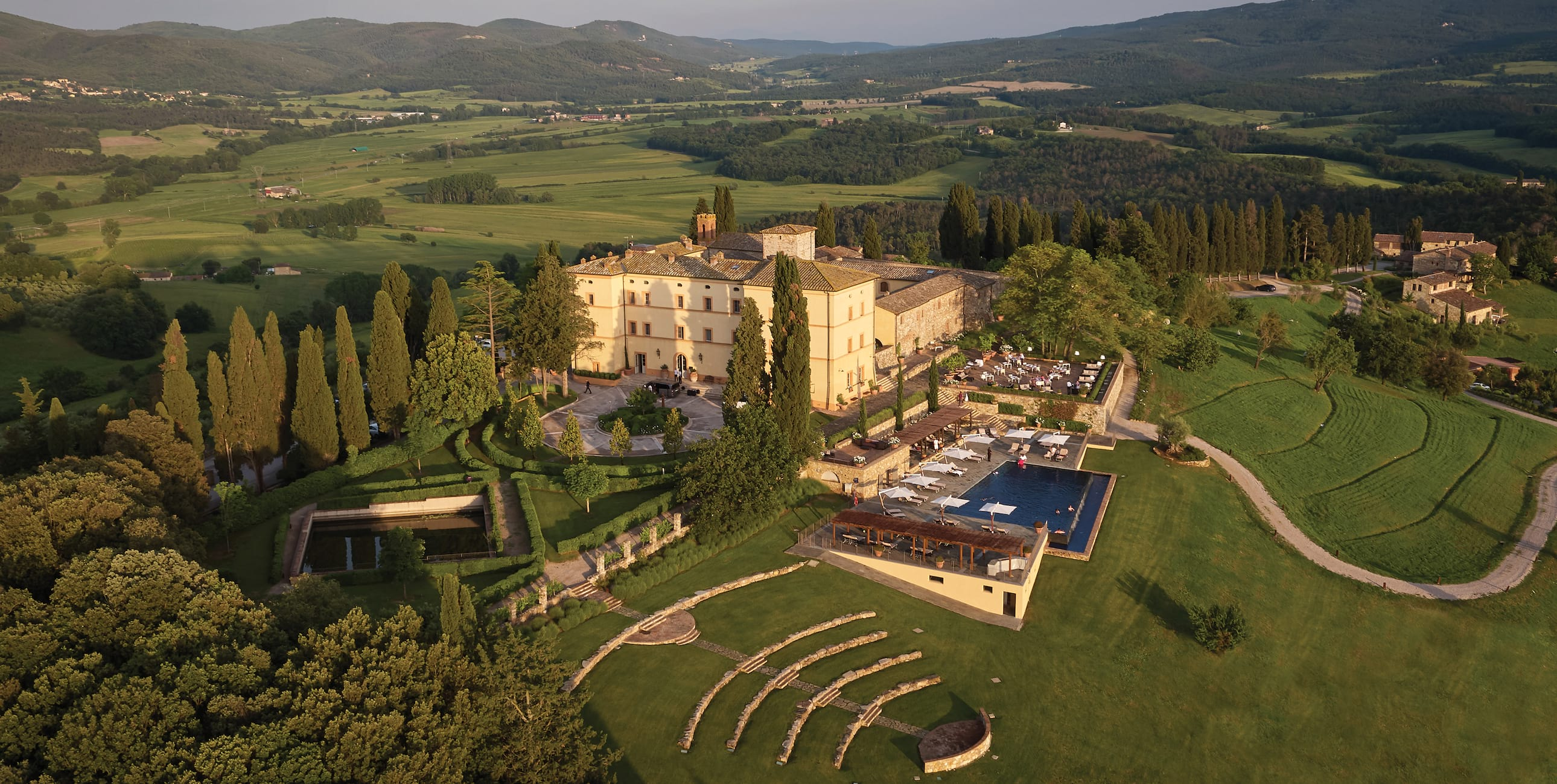 Letto A Castello Toscana.Belmond Castello Di Casole Resort Di Lusso In Toscana