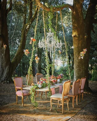 An enchanted table in the forests of Tuscany