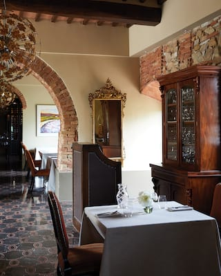 Restaurant Al fresco dining