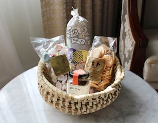Amenity gift basket