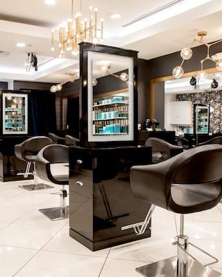The salon at Charleston Place