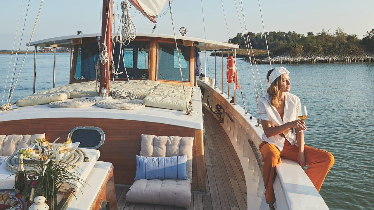 Edipo Re Boat Tour