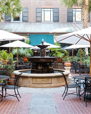 The Palmetto Cafe courtyard