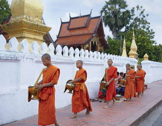 Almsgiving in Laos