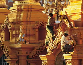 Shwedagon Morning Tour