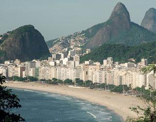 Uma praia no Rio de Janeiro
