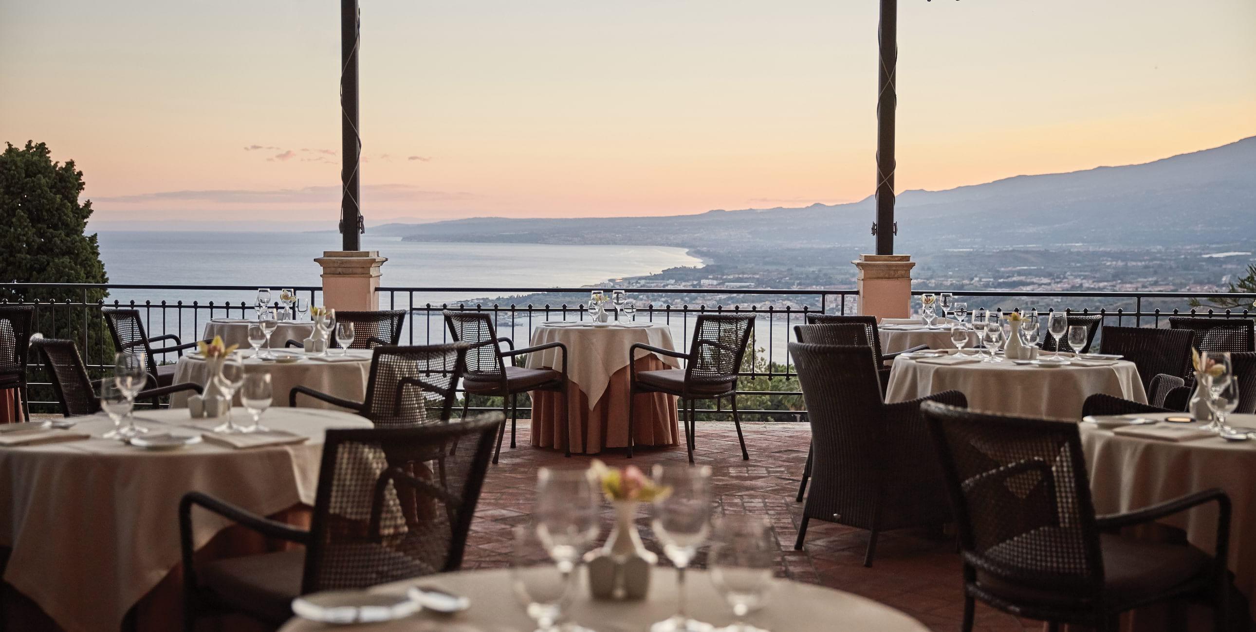 Best Restaurant Taormina Bars With Stunning Views In Sicily