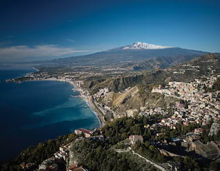 Helicopter tours over Mount Etna