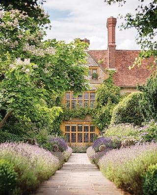 Le Manoir exterior and the garden