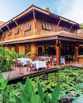 Circle restaurant in Siem Reap