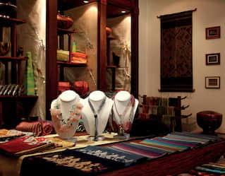 Belmond La Résidence Phou Vao Boutique