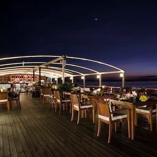 Cruise Dining Myanmar