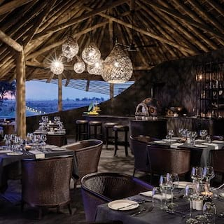 Safari Dining, Belmond Eagle Island Lodge Restaurant
