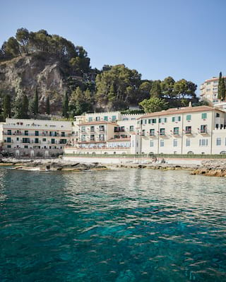 Villa Sant'Andrea on the shores of Taormina