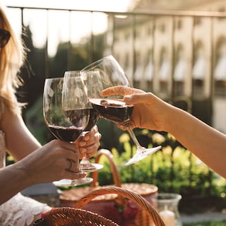 Picnic in Florence, a toast in Belmond Villa San Michele