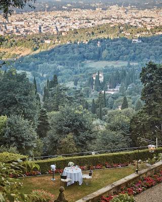 Garden dinner in Florence