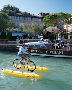 Water bike Venice