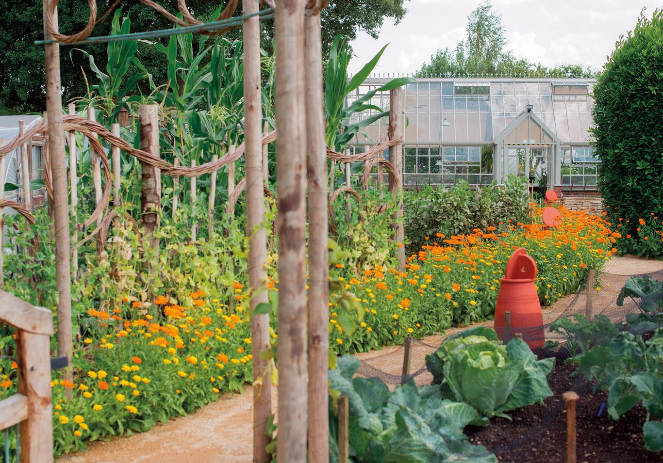 UK Gardening School