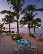 Dining in Thailand - Beach Dining