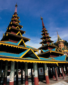 Family tours Burma